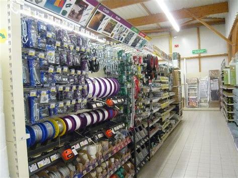 gondole de magasin et rayonnage nos r 233 alisations magasin de bricolage