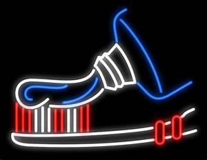 Toothpaste Toothbrush Neon Sign Made In USA - HOamoemornonono