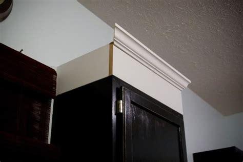 installing cabinet molding