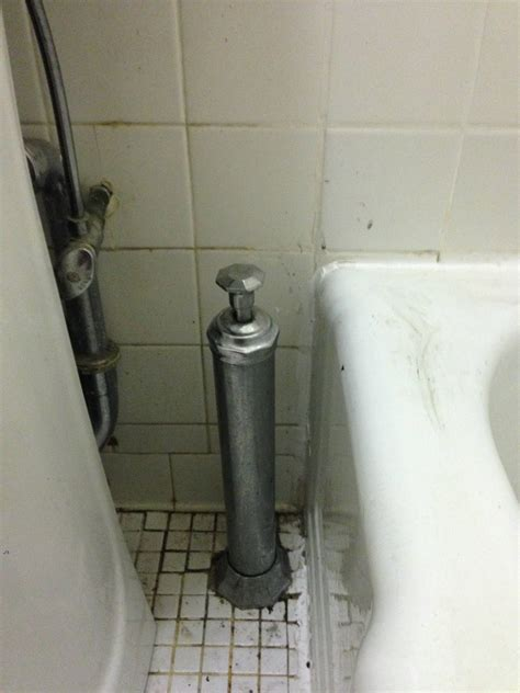 bathtub side water stopper how does an external tower style bathtub drain work