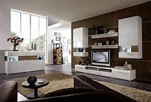Wand Streichen Ideen Schlafzimmer : wohnzimmer modern streichen ~ Markanthonyermac.com Haus und Dekorationen