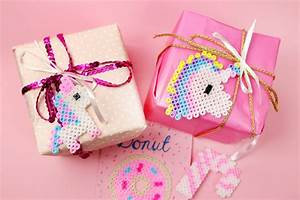 Geschenke Schön Verpacken Tipps : geschenke kreativ verpacken f r weihnachten einhorn ideen mit b gelperlen madmoisell diy blog ~ Markanthonyermac.com Haus und Dekorationen