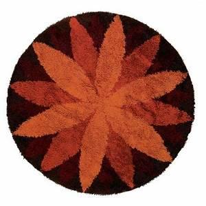 Runder Teppich Wolle : dorotheum runder teppich marguerite ~ Markanthonyermac.com Haus und Dekorationen