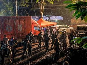 Thailand cave rescue efforts for trapped teenage soccer ...