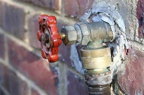 how to repair a leaky outdoor faucet fix it yourself