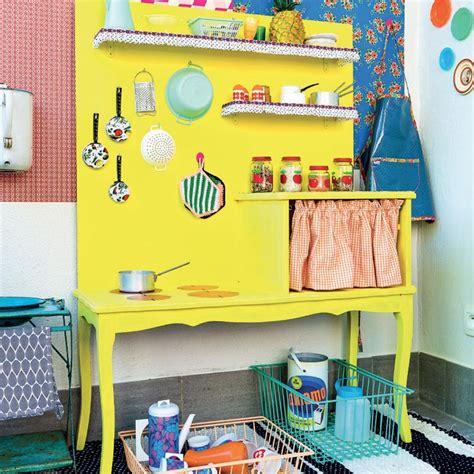 fabriquer une cuisine pour les enfants