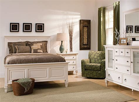 Raymond And Flanigan Dressers somerset 4 pc bedroom set bedroom sets raymour