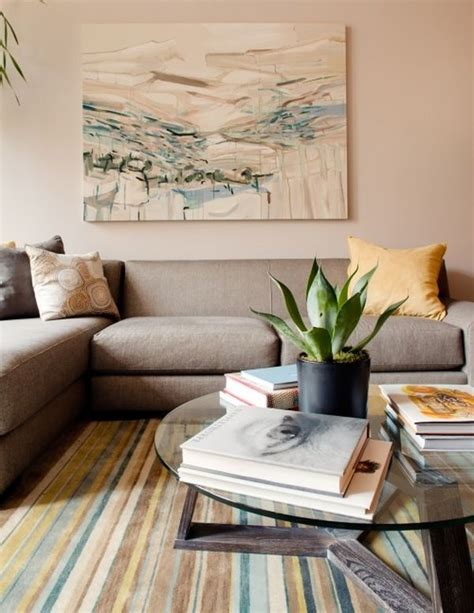 Different Styles To Adopt When Decorating Your Coffee Table