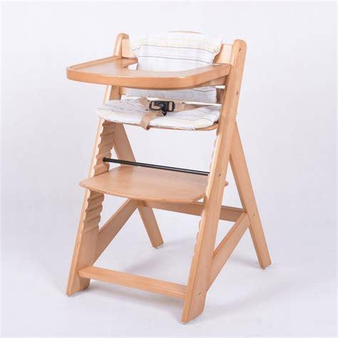 les 25 meilleures id 233 es de la cat 233 gorie chaise haute b 233 b 233 bois sur chaises hautes