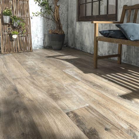 carrelage sol brun fonc 233 effet bois heritage l 20 x l 120 cm leroy merlin
