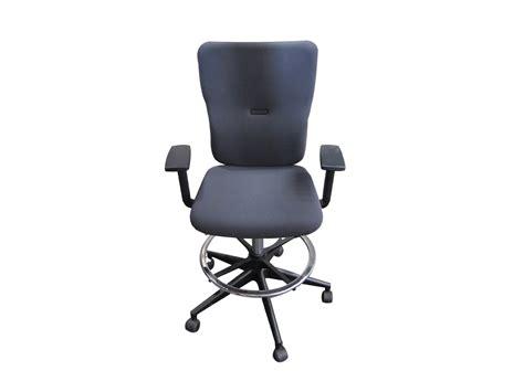 fauteuil let s b steelcase occasion mod 232 le d exposition