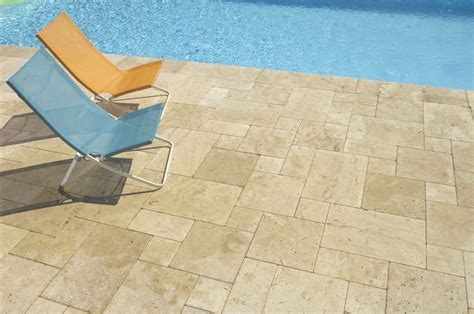 dallage ou carrelage en naturelle dallage ext 233 rieur int 233 rieur piscine terrasse