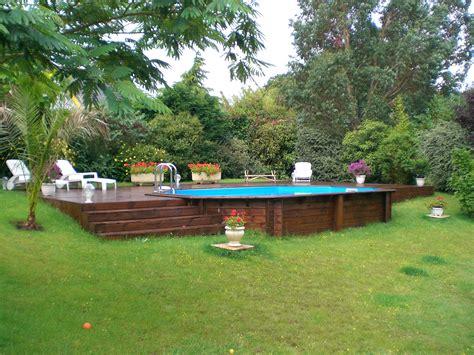 piscine hors sol en bois semi enterr 233 e sur terrain en pente