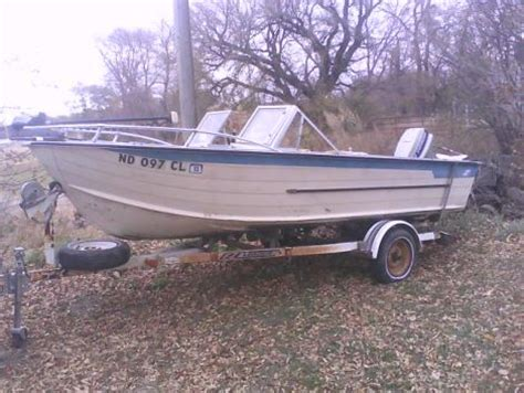 Used Boat Motors North Dakota by Boats For Sale In North Dakota Boats For Sale By Owner
