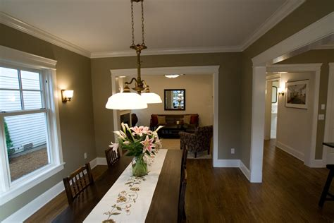 Tricks To Apply When Selecting Apartment Living Room Color Kincaid Cherry Bedroom Furniture Walmart White Set Horchow Crown Mark Ashley Home Sets 3 Apartments In Jamaica Queens Brown And Red Decorating Ideas 2 Hotel Suites International Drive Orlando