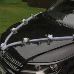 guirlande de tulle pour decoration de voiture mariage badaboum