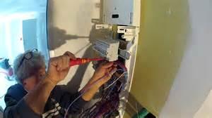 comment ranger les fils electriques maison design bahbe