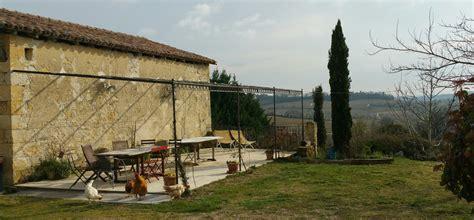 la terrasse et la tonnelle domaine de la borde location de g 238 tes de charme dans le gers