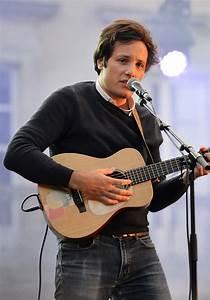 File:Vianney chanteur 2015.jpg - Wikimedia Commons