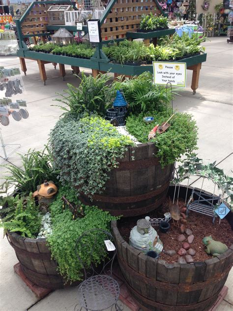 Fairy Garden In Containers Looks Pretty Easy Miniature