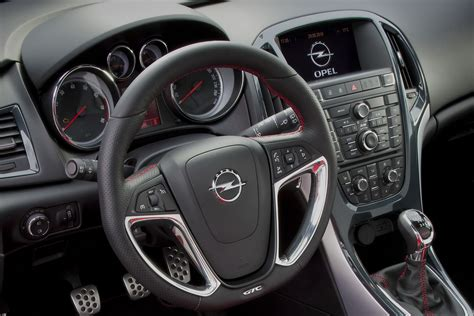 image gallery 2011 astra interior