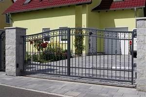 Holzblockhaus Aus Polen : ak metal z une aus polen celle zaun 7 schmiedeeiserne zune aus polen ~ Markanthonyermac.com Haus und Dekorationen