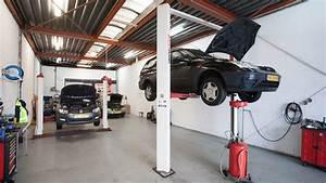 Auto In Der Garage : auto garage haarlem ochtend schoonmaakwerk ~ Whattoseeinmadrid.com Haus und Dekorationen