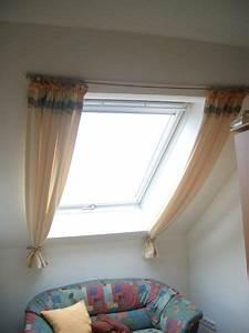 Vorhänge Für Dachfenster : die besten 25 rollos f r dachfenster ideen auf pinterest dachfenster mit rollo gardinen f r ~ Markanthonyermac.com Haus und Dekorationen