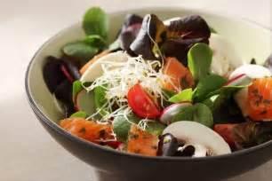 recettes de salade originales par l atelier des chefs