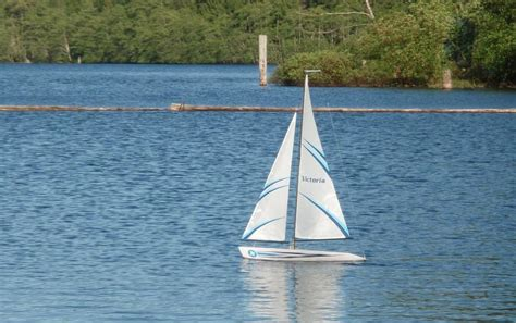 Sailboats Used Victoria by Two Thunder Tiger Victoria R C Sailboats Offers Central