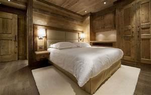 Bett Holz Dunkel : schlafzimmer aus holz 26 tolle einrichtungen zum beneiden ~ Markanthonyermac.com Haus und Dekorationen