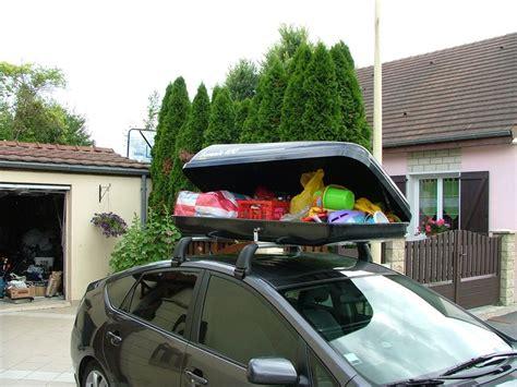 fixation coffre de toit sur barres de toit ou galerie de toit