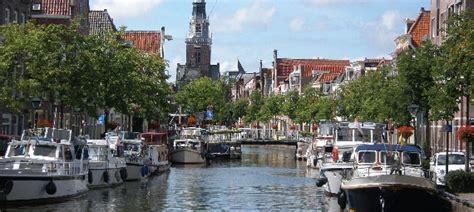Bootje Alkmaar by De Havengids Alkmaar Gemeentehaven