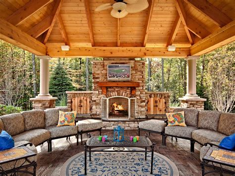 Outdoor Fireplaces : 35 Amazing Outdoor Fireplaces And Fire Pits