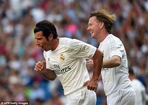 Real Madrid Legends 3-1 Ajax Legends: Steve McManaman ...
