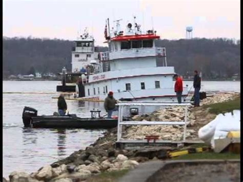 Tug Boat Accidents Youtube by Towboat Sinks Youtube