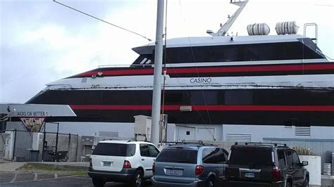 Casino Boat Texas by New Jacks Or Better Casino Cruise Ship Hits Buoy Abc13