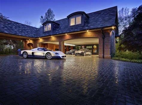 If You Had To Create A Dream Garage, What Would It Be Like