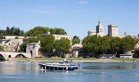 Boating Accident Uk by United Kingdom Woman Dies In Rhone Boating Accident In