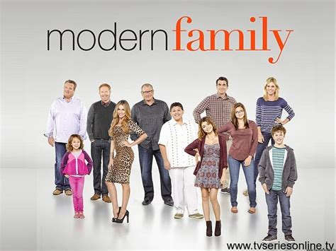 modern family 28 images get to modern family julie moslow modern family season 5 promo