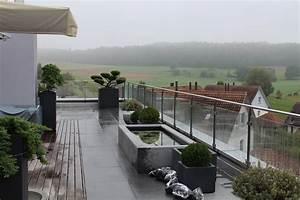 Terrassengestaltung Kleine Terrassen : terrassengestaltung stein pflanzenhof ~ Markanthonyermac.com Haus und Dekorationen
