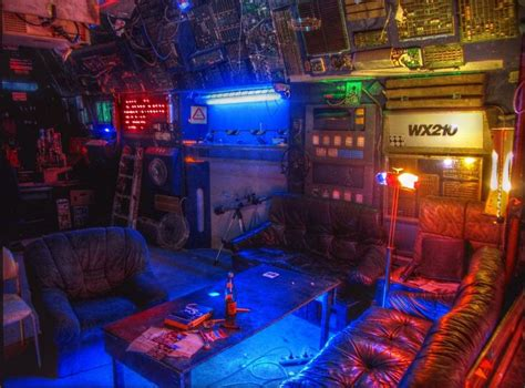 Witcher 3 Home Decorations : A Very Cuberpunked Out Interior. The Cyberpunk Inspiration