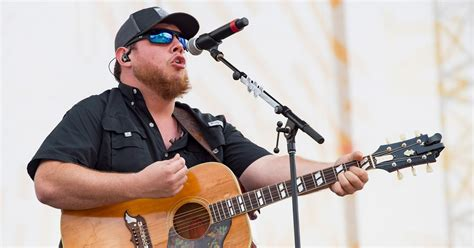 Luke Combs Announces Headlining Tour Dates