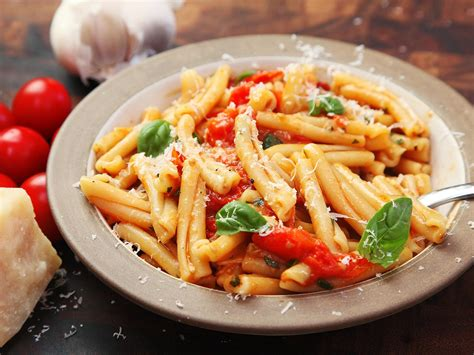 25 Quick Pasta Recipes For Simple Weeknight Meals