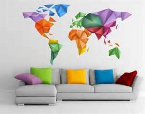 stickers muraux sticker muraux carte du monde origami couleurs est une cr 233 ation orginale de