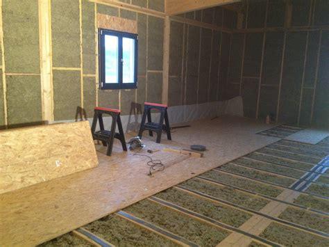 r 233 alisation du plancher de l 233 tage le de la construction de notre maison bois