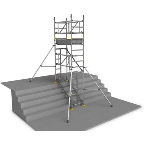location echafaudage aluminium d escalier 6 m 1 plateau 1 3 x 0 7 m echafaudages kiloutou