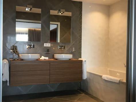 salle de bain suite junior picture of hotel le week end ajaccio tripadvisor