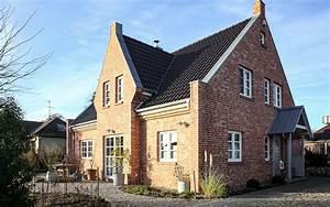 Kamin Englischer Stil : landhausstil kapit nshaus ksw massivhaus ~ Markanthonyermac.com Haus und Dekorationen