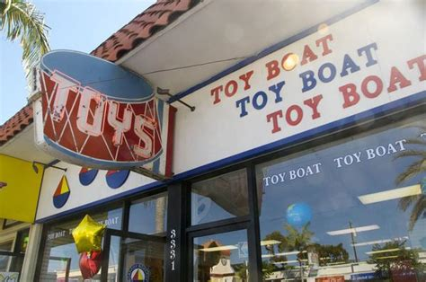 Toy Boat Corona Del Mar by Toy Boat Will Remain Open Owner Says Tribunedigital